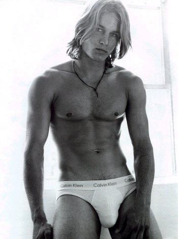 Travis Fimmel in his boxers